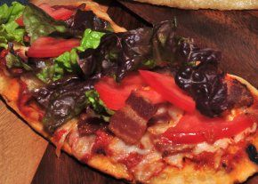 grilled blt pizza recipe | delicious food | Pinterest