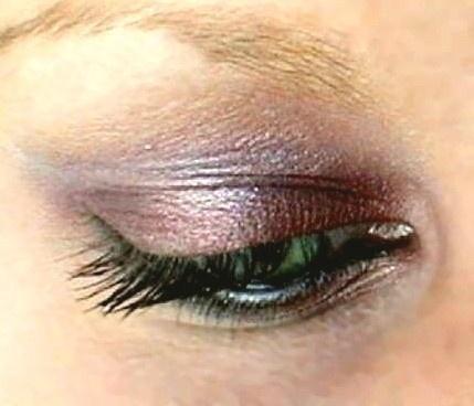 Gorgeous shadow for hazel eyes