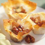 Walnut Baked Mini Filo Tartlets - I've never heard of the Mirabo ...
