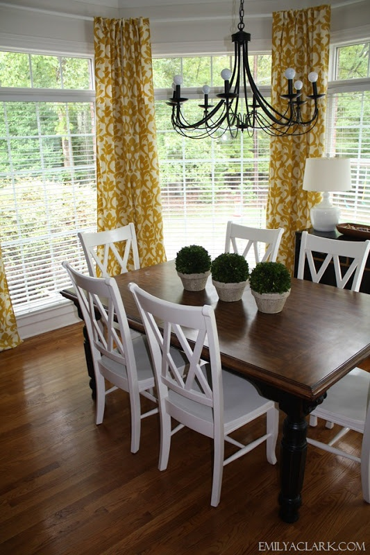 Hanging Curtains In A Bay Window Lindsey S Pinterest