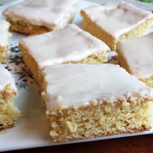 Eggnog Bars by Rumbly in my Tumbly | Holiday Recipes - Chiristmas | P ...