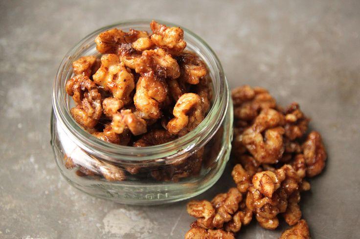 spiced walnuts | Snacky | Pinterest