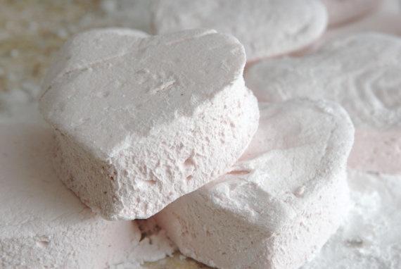 homemade strawberry marshmallows | sustenance | Pinterest