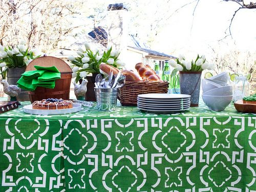 #Green outdoor #party #inspiration.