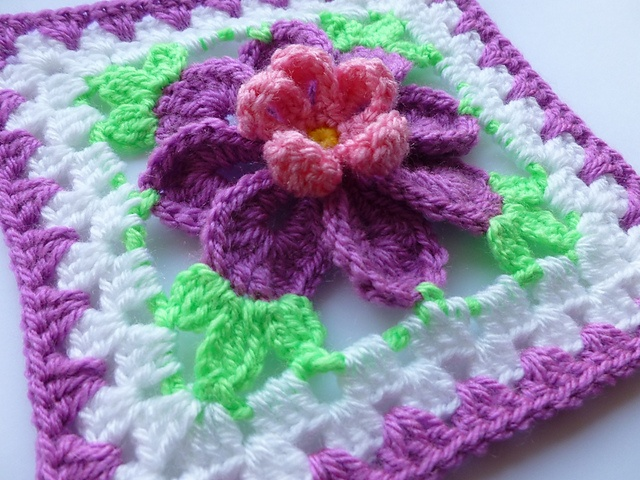 Crochet Pattern Granny Square With Flower : Flower in granny square (3) pattern by Crochet- atelier