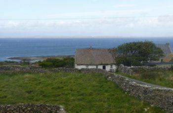 B And B Aran Islands Ireland Pin by www.enjoy-irish-culture.com on Irish Cottages | Pinterest