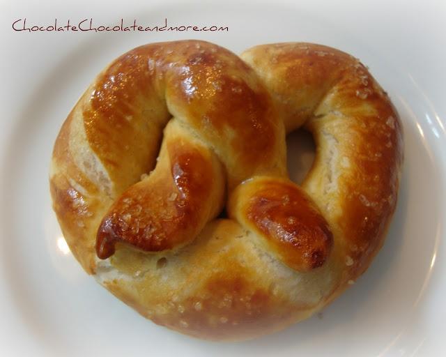 Buttery Soft Pretzels | BEST Food Blogger Recipes | Pinterest