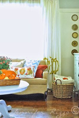 The Liberty Cottage : Indoor Fall Decorating!