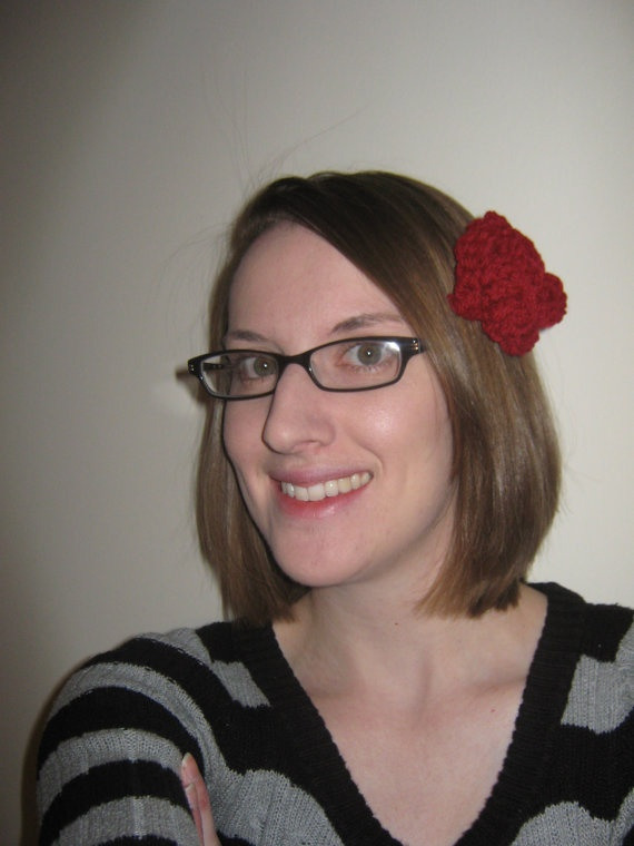 Crochet Red Hairstyles : Red crochet flower hair clip Being Crafty Pinterest