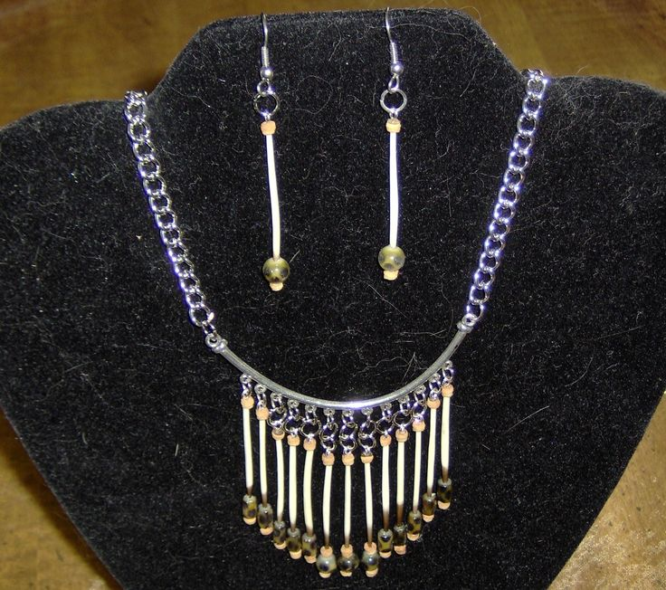Jewelry / Necklace and Earrings / Handmade/ porcupine quills