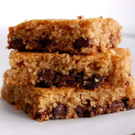 Paleo Chocolate Chip Cookie Bars. | recipes | Pinterest
