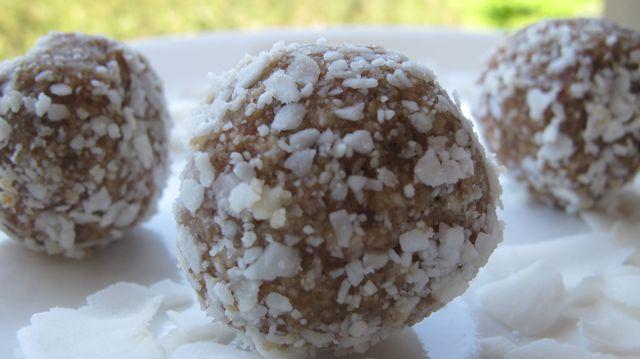 Raw Vanilla Coconut Truffles