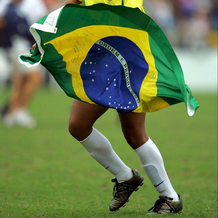 Jogadores de futebol brasileiros pelo mundo
