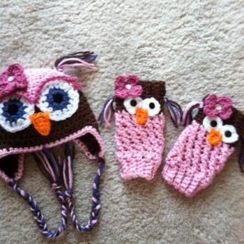 Petal Leg Warmers Crochet Pattern | Red Heart