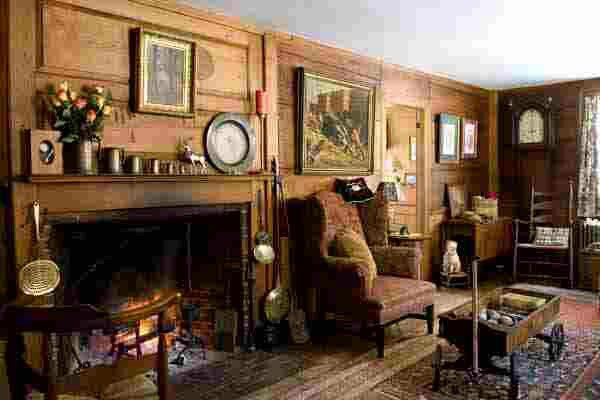 Early Homes My Idea Of Colonial A Tad Bit Dressier Pinterest