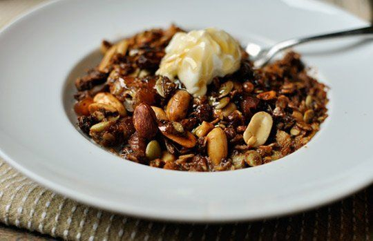 Breakfast Recipe: Peanut Butter and Honey Granola