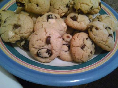Chocolate Cherry Chunk Cookies | Recipes-Cakes, Cookies & Sweets | Pi ...