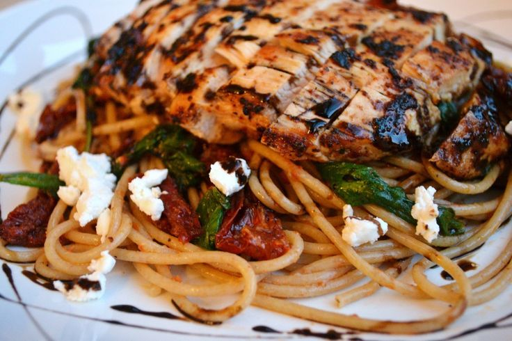 Sun Dried Tomato Pasta with Chicken, Spinach and Goat Cheese | Recipe