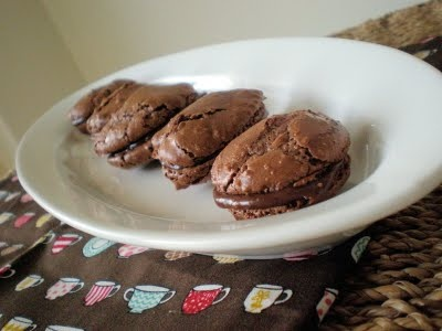 Chocolate Macaroon Cookies With Filling | Delicious Deserts 1 | Pinte ...