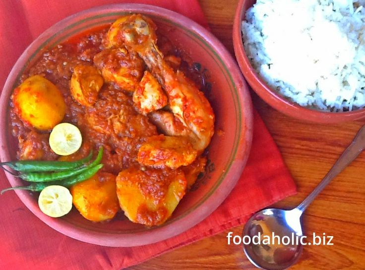Chicken Vindaloo with Potatoes : Vindaloo is a spicy Goan curry... the ...
