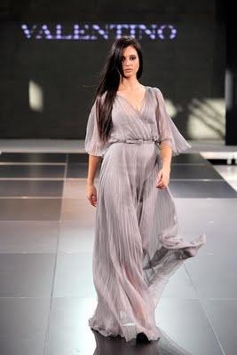 valentino fashion show live
