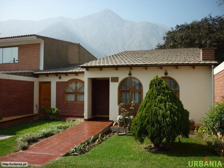 Casa en Chosica Fachadas de casas en lima PeruHouses in