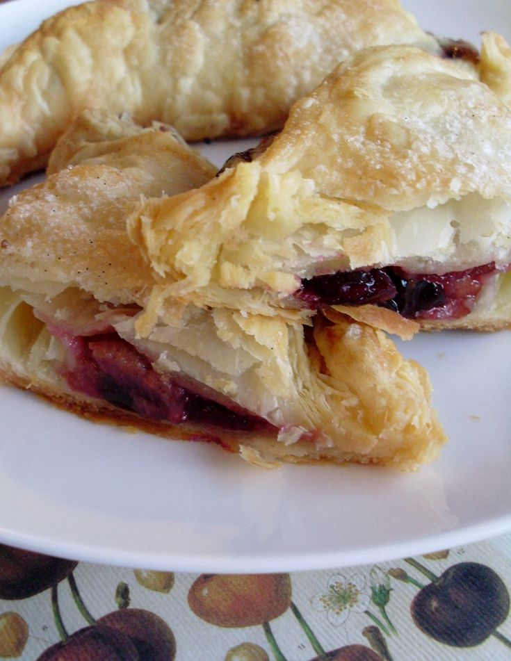 Cherry turnovers | Desserts | Pinterest