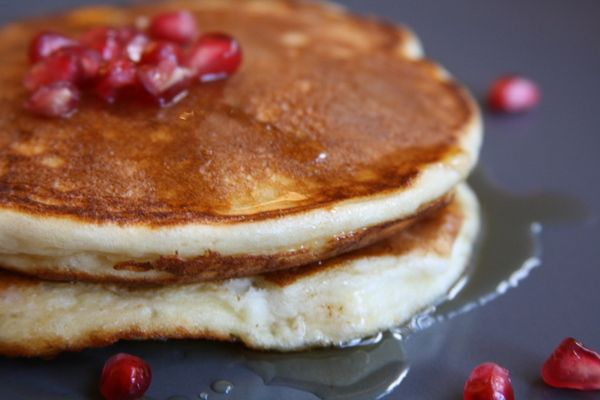 these fluffy, lightly sweet yogurt pancakes topped with pomegranate ...