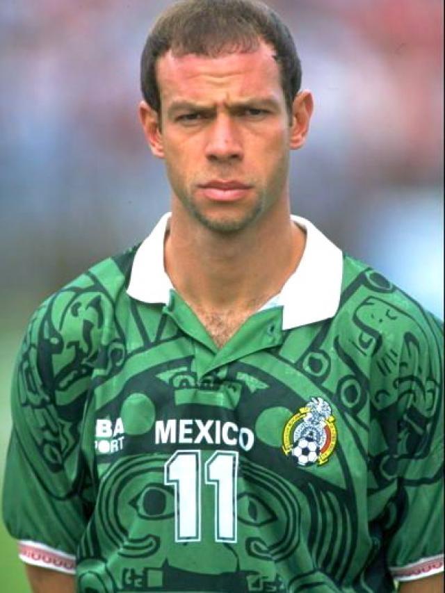 Luis Roberto Alves Net Worth