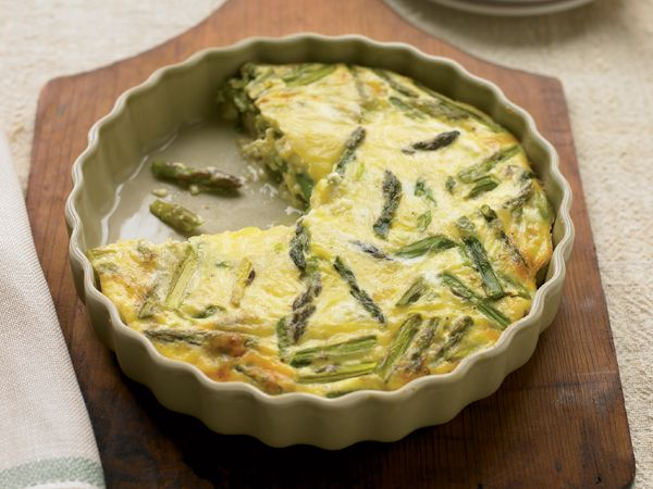 23 Diabetes-Friendly Comfort Foods: Asparagus Swiss Quiche http://www ...