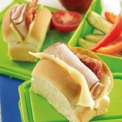 Honeyed Turkey, Bacon and Havarti Rolls | Main dishes | Pinterest
