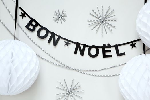 Paper straw garlands and snowflakes