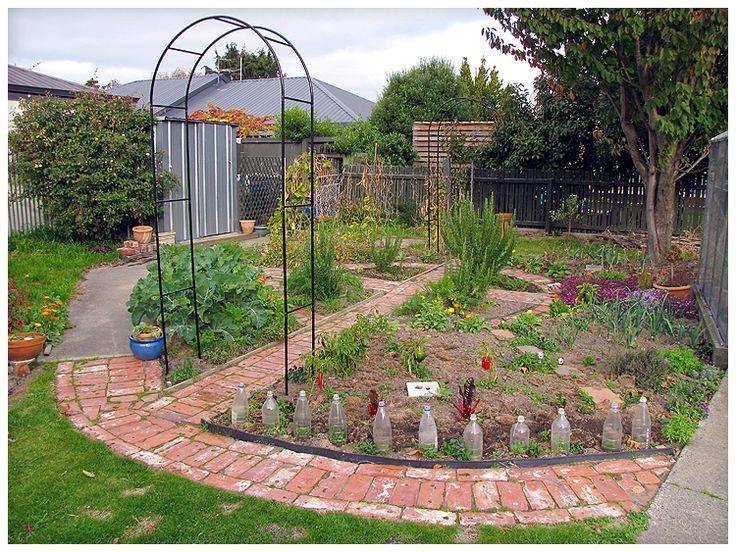 Potager garden plans bing images potager garden veggie for Potager garden designs