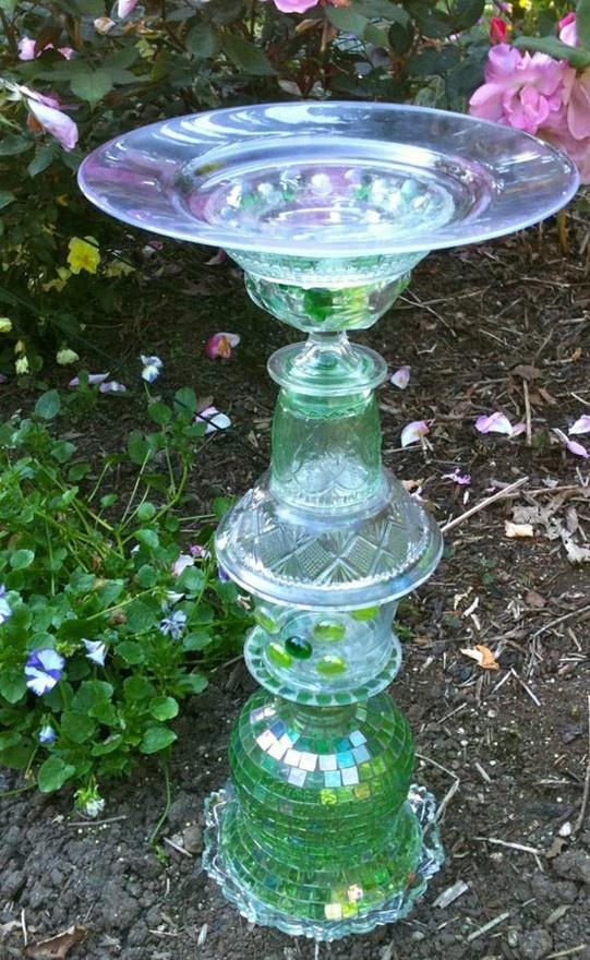 Bird bath upcycled stuff gardens pinterest for Upcycled bird feeder