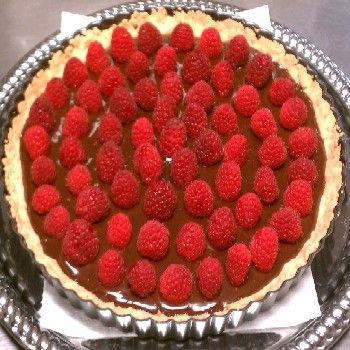 Chocolate Almond Raspberry Tart: A great option for your #Holidays ...
