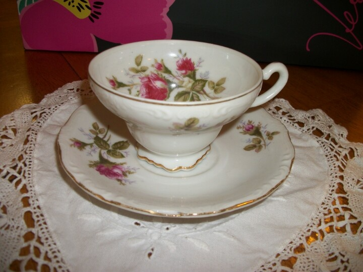 Old fashioned | Tea cups | Pinterest