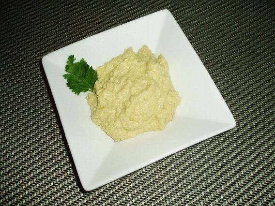 Artichoke Hummus | Entertaining | Pinterest