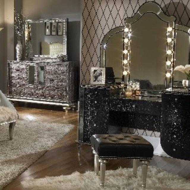 Makeup Vanity With Lights Craigslist : Makeup Vanity Shanlee s board Pinterest