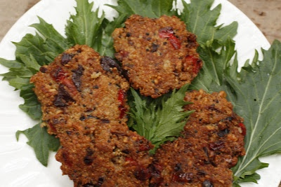 Quinoa and Red Pepper Fritters | Yummy! Entrees! | Pinterest