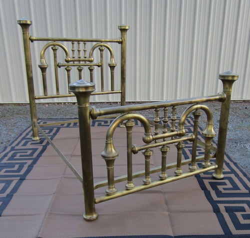 Antique Victorian Metal Bed : Gorgeous antique victorian brass bed nice full or double