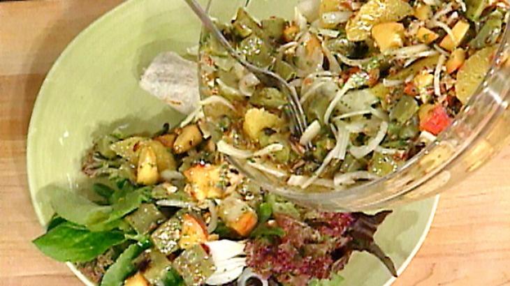 Southwestern-Style Buffalo Chili with Cactus Paddle Salad with Oranges ...