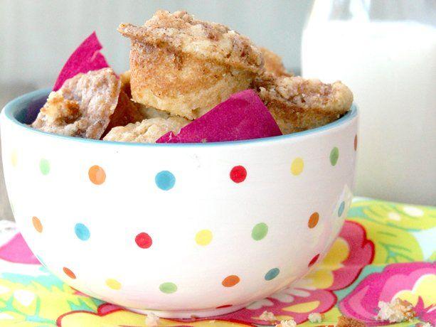 Mini Coffee Cake Bites recipe from Betty Crocker.