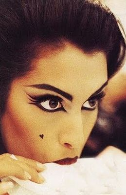 90s flashback  Yasmeen Ghauri