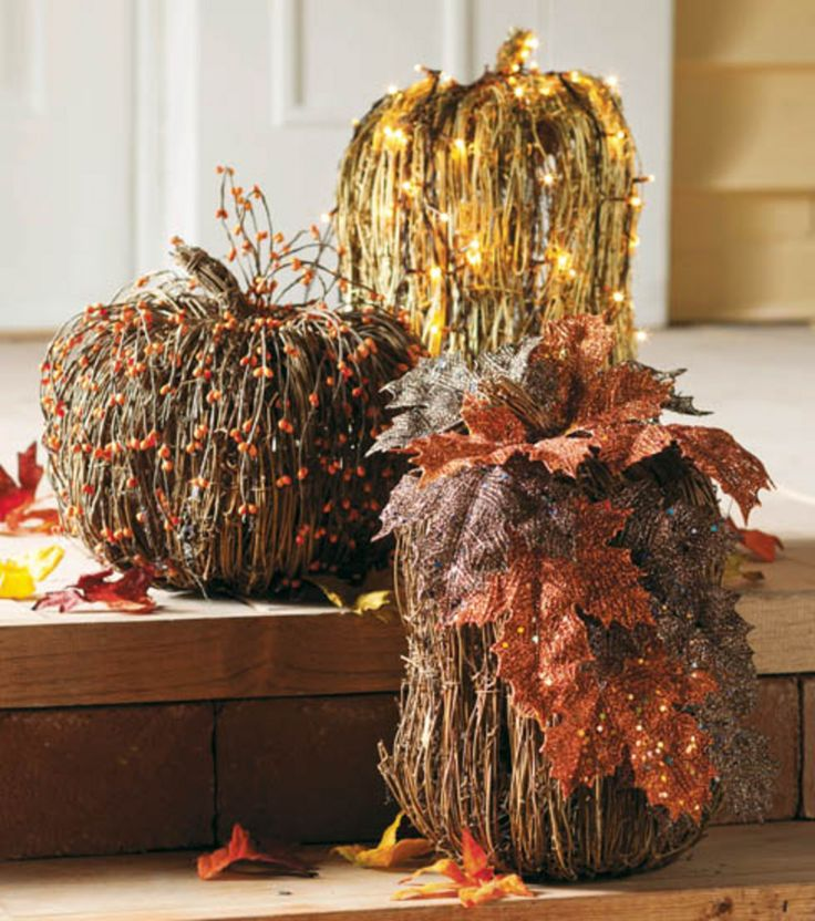 These glittery pumpkins would be great decorations for a front porch!