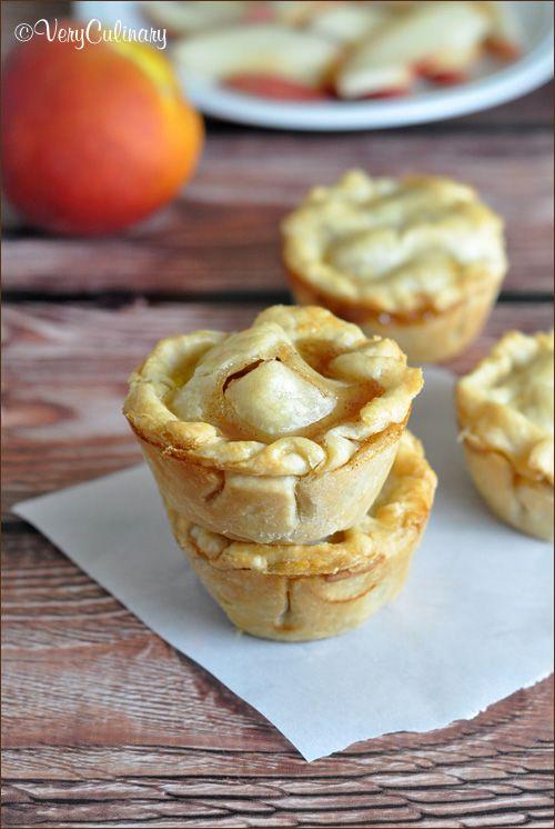 Mini Peach Pies #pie #mini | Recipes | Pinterest