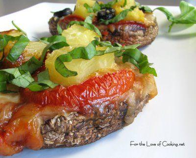 Portobello Mushroom Pizzettas   Amazing Appetizers   Pinterest