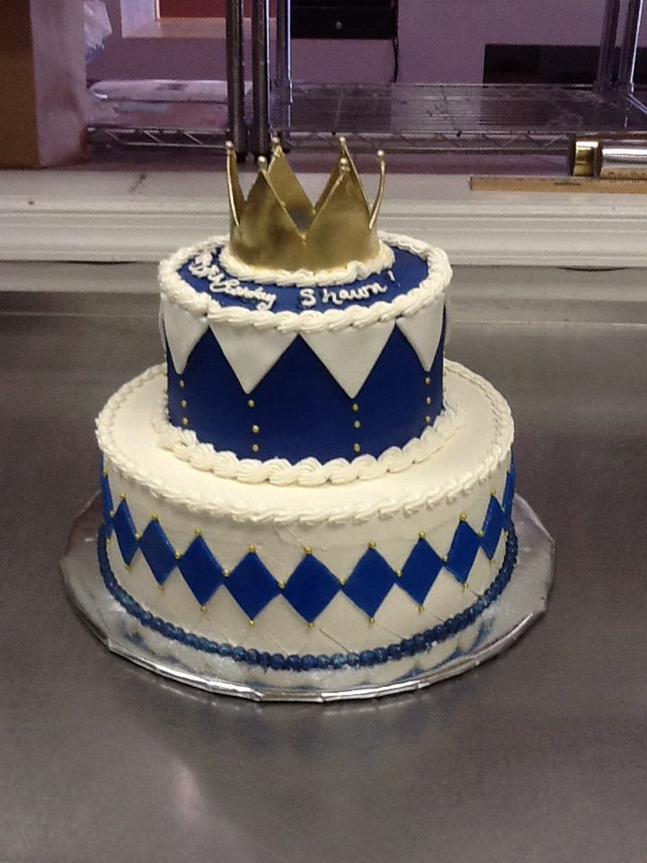King royalty themed cake  children / young adult cakes  Pinterest