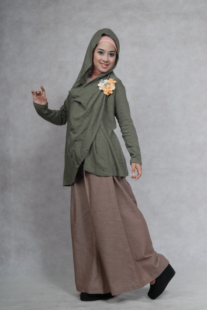Hairstyle Kulot : when kulot pants and hoodie become one style hijab Pinterest
