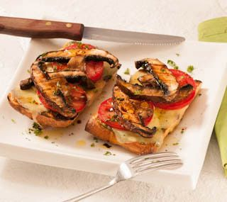 mushroom cheese sandwich | Open-faced hot sandwiches topped with pesto ...
