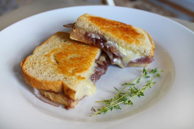French Onion Soup Grilled Cheese | Food | Pinterest